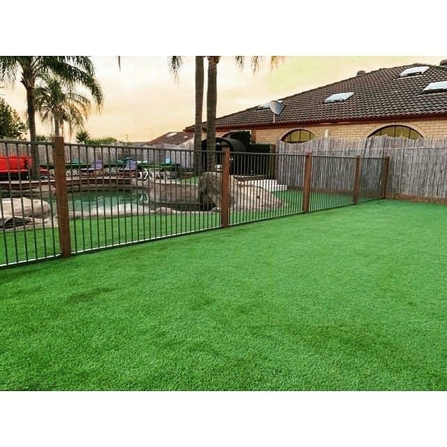 Check out this beautiful install using our Centennial 35mm product. Centennial 35mm is a high intensity traffic turf with a firm hand feel. The rich green mono-filaments combined with a brown & beige thatch provides a full vibrant summer landscape appearance. Job: Baulkham Hills. Installer: Jamie Alberti 0491 478 701