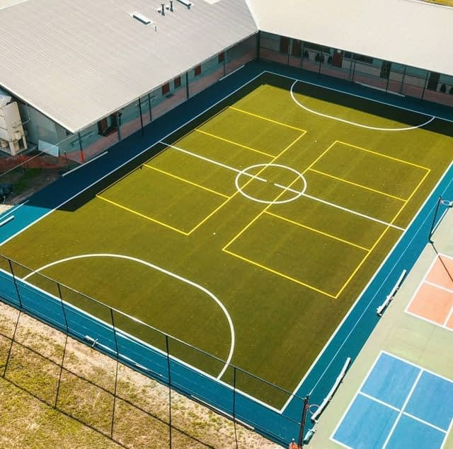 Wednesday is a good day to see things from above! 🏟  And we definitely need this, to see all the lines of this great multi-sports field made with our Club 40, by #MajorSportSurfaces.  Only one venue for  Volley 🏐 Futsal ⚽️ and Handball🤾♀️  Great work Team ! 👌