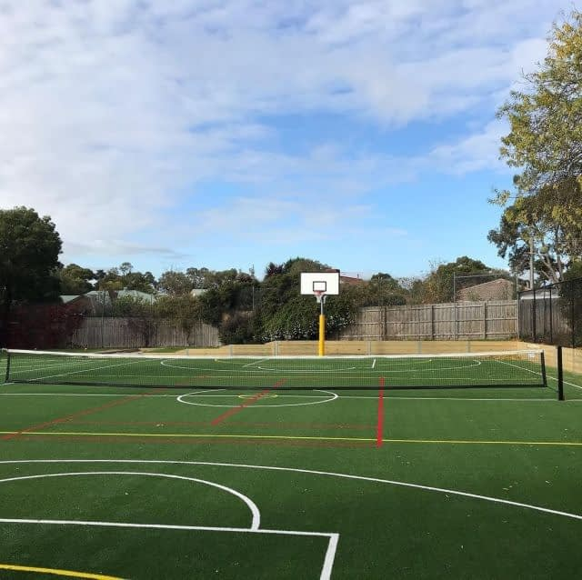 #ThrowbackThursday: A double-tone #FieldTurfAustralia Club 40 rocking at St Jude's Primary School Langwarrin! 🤩  This fantastic job was completed by @tenniscourtsmelbourne! 🎾  #Syntheticgrasscourt #langwarrintennis #schooltennis #victoriatennis #victoriatenniscourts #Artificialgrasscourt #SyntheticGrassCourts #tennislove #tennislife #tenniscourt #tenniscourts #lawntennis #lawntenniscourt #lawntenniscourts #tennisvictoria #tenniscourtsurfaces #tennislandscape #basketballcourt #syntheticgrassbasketballcourt