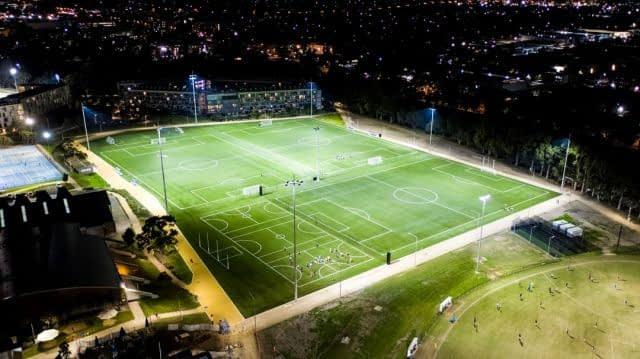 ⚽ Did you know that FieldTurf is the artificial grass manufacturer with the most FIFA certified fields in the world ?   With more than 240 installations, and factories in the US, in Europe and here in Australia, when it comes to artificial grass, we know our business !  And we are proud to say that all our surfaces for Australia are made right here in Botany, NSW !   📸 Monash University Soccer fields, installed by @turf_one  #ChangetheGame