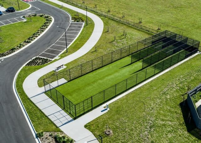 🏏 Beautiful #cricket installation using our #SuperShield by @turf_one  at City of Casey !  🚧 This installation was a small part of their massive project for Livingston Active Open Space Reserve.   The pictures speak by themselves !   👉 Got a cricket project ? Get in touch with our team info@fieldturfaust.com.au